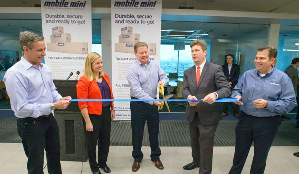 Mobile-Mini-Ribbon-Cutting